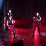 ▶ さくら学院重音部 BABYMETAL ヘドバンギャー!! – YouTube