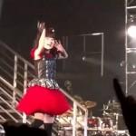 ▶ BABYMETAL「Iine」いいね (Live combination) 歌詞付き – YouTube