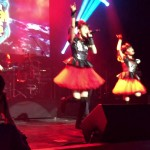 ▶ BABYMETAL with Dragonforce – Gimme Chocolate (ギミチョコ!!) at Golden Gods, o2, 60fps – YouTube